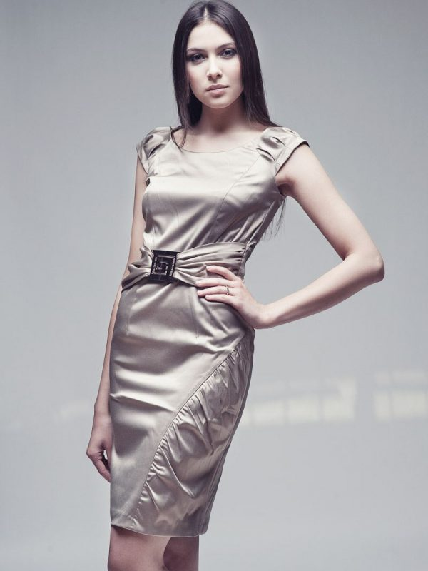 Bianka dress in beige