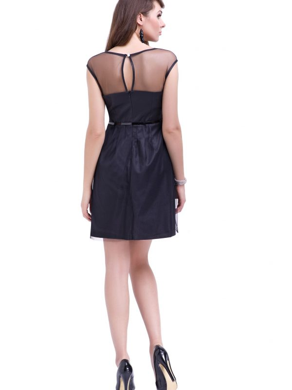 Ivone dress in black