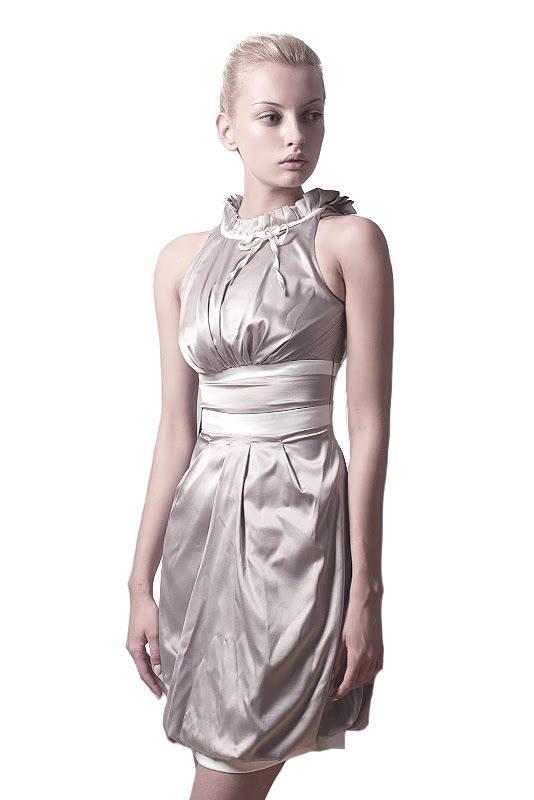 Sukienka Jacqueline w kolorze capuccino
